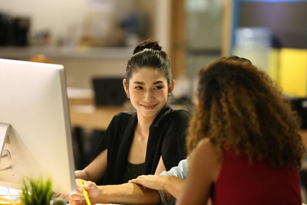 professional trying to leave a good impression to her coworker