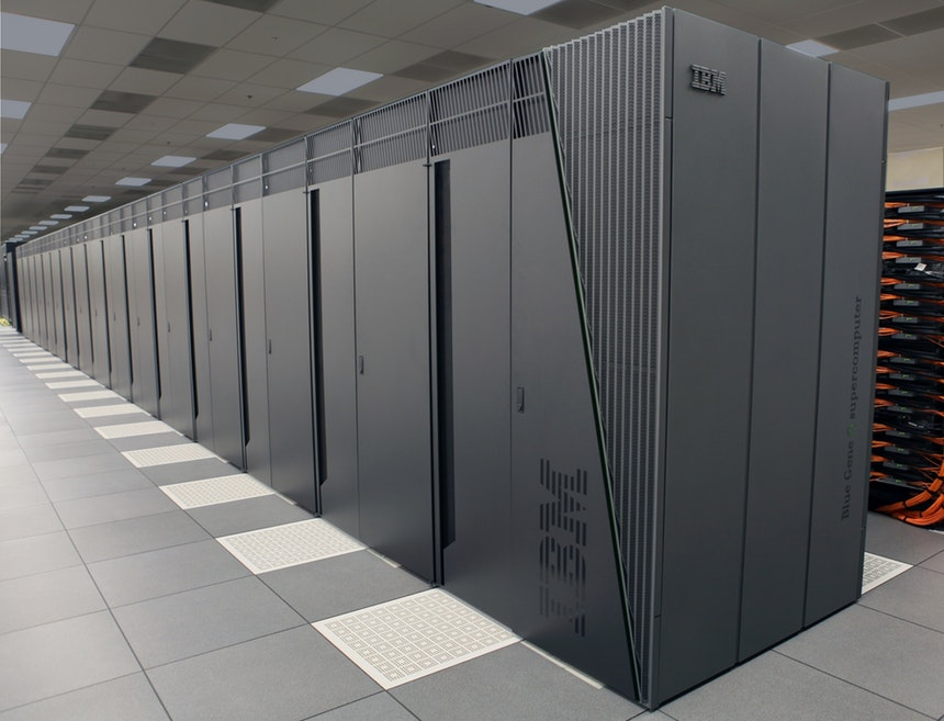 big data servers for machine learning