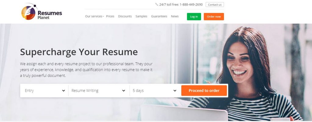 Homepage of Resumes Planet with a tagline Supercharge your Resume and a photo of a woman smiling while using her laptop