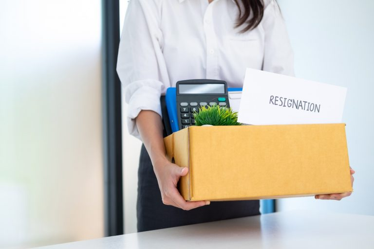 how to resign tips employee clearing workstation