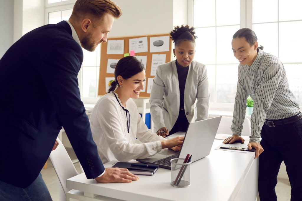 workplace diversity includes teams of different genders and races